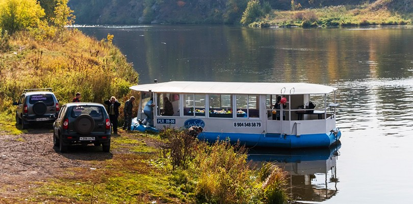 Экскурсия на речном трамвайчике по реке Исеть в Каменск-Уральском фото